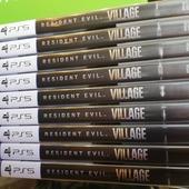 Nuovamente disponibile il gioco del momento, Resident Evil Village per PS5 😉  Prezzo 64.99 € (disponibile anche per PS4 e Xbox)