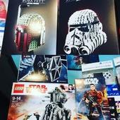 I nostri potentissimi LEGO a tema Star Wars 😉  In vendita in negozio, e sul nostro shop online www.jollyrogerbay.it 😉
